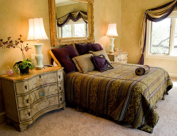 Spacious master bed room with King sized bed
