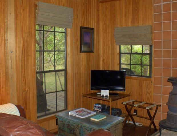 adobe-stillpoint-cabin08-1200x600.jpg