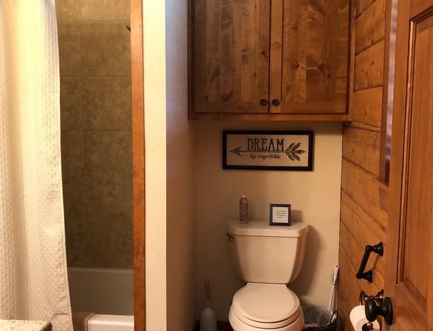 Shower/tub combo in bathroom 2