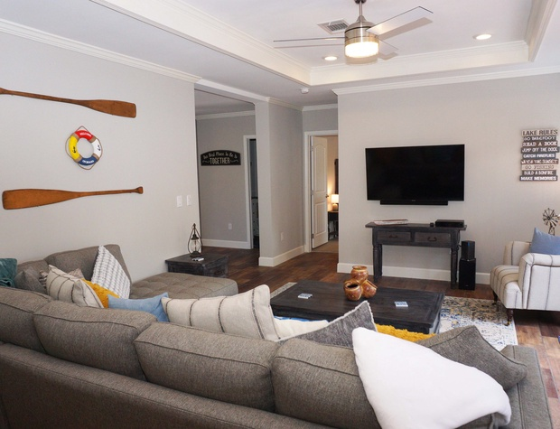 Living area with flat screen television