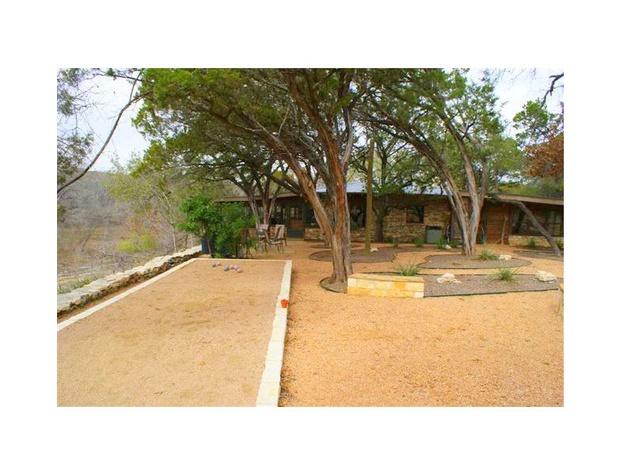 little-house-leaning-tree-b-b-020e_20737025225_o-1200x600.jpg
