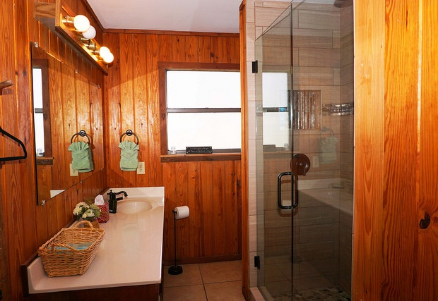 Updated full bath downstairs with walk in shower