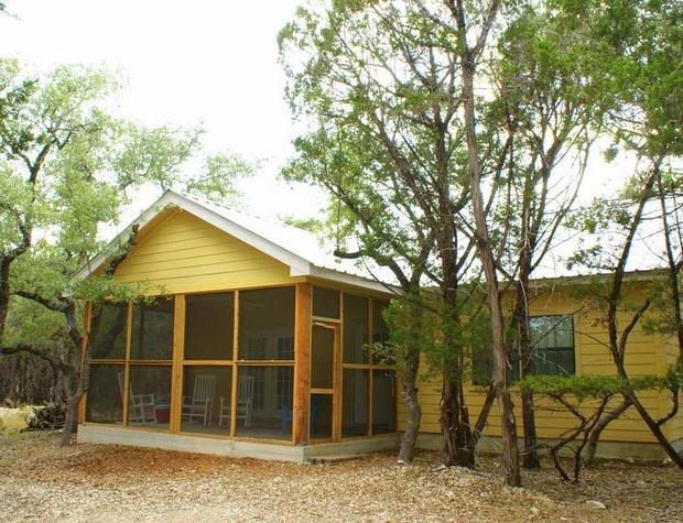 cabin-oaks02-1200x600.jpg