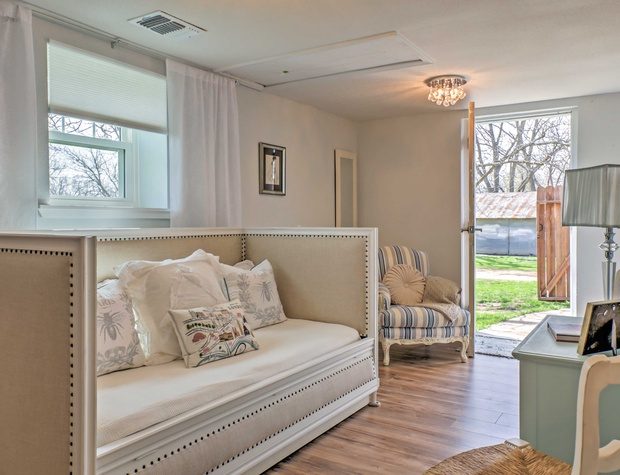 2nd bedroom with outdoor access