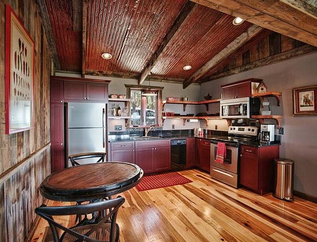 stony-ridge-ruby-cabin10_24908788330_o.jpg