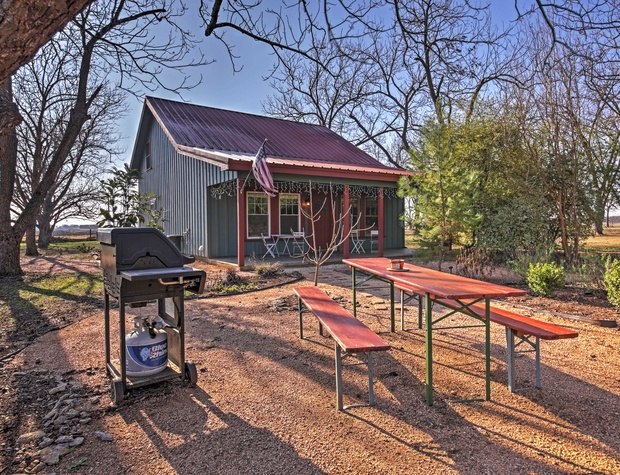 Propane grill and picnic table for outdoor dining