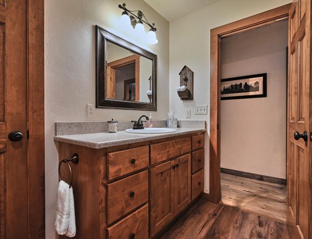 Vanity in bathroom 2