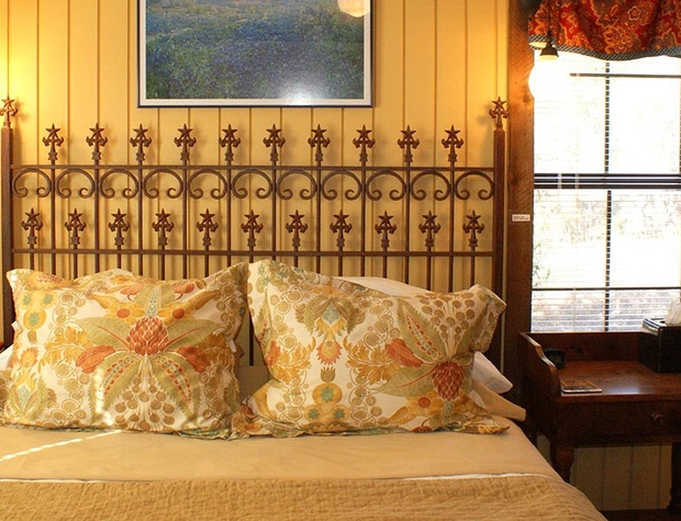 red-corral-ranch-meadows-cottage11-1200x600.jpg