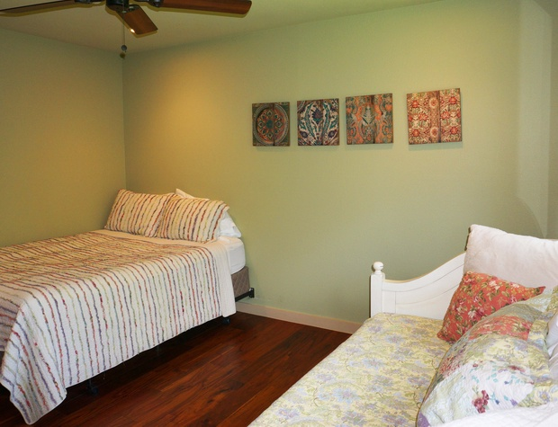 Third bedroom with a queen size bed