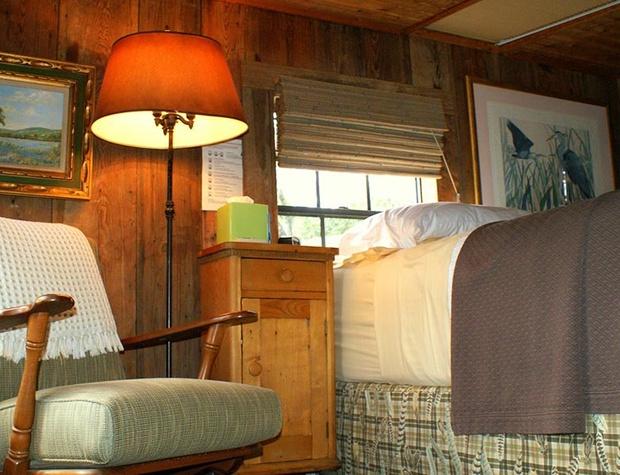adobe-stillpoint-cabin07-1200x600.jpg