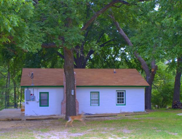 austin-cottage-8-17-15-005e_25135446401_o.jpg