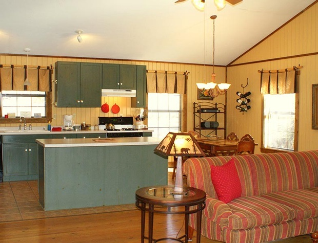 red-corral-ranch-meadows-cottage22-1200x600.jpg