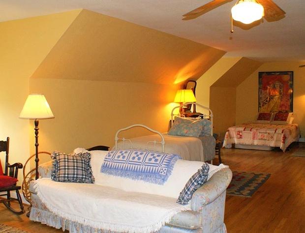 spirit-guest-house07-1200x600.jpg