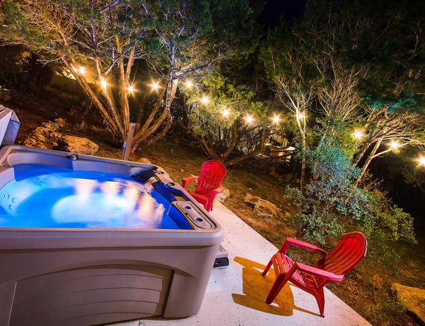 Private hot tub under the stars...