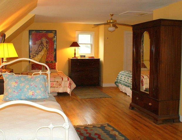 spirit-guest-house01-1200x600.jpg