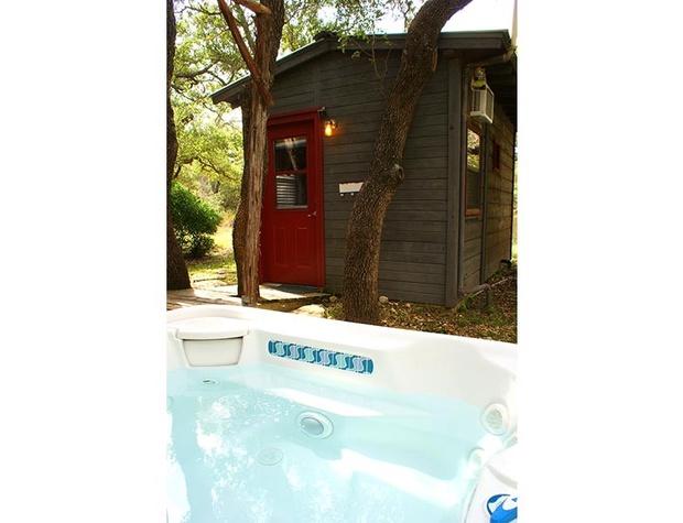 adobe-stillpoint-cabin16-1200x600.jpg
