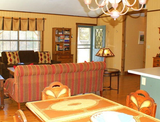 red-corral-ranch-meadows-cottage21-1200x600.jpg