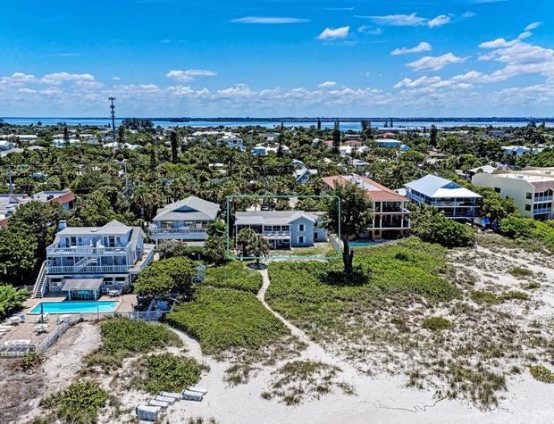 Aerial from Beach close up.jpg