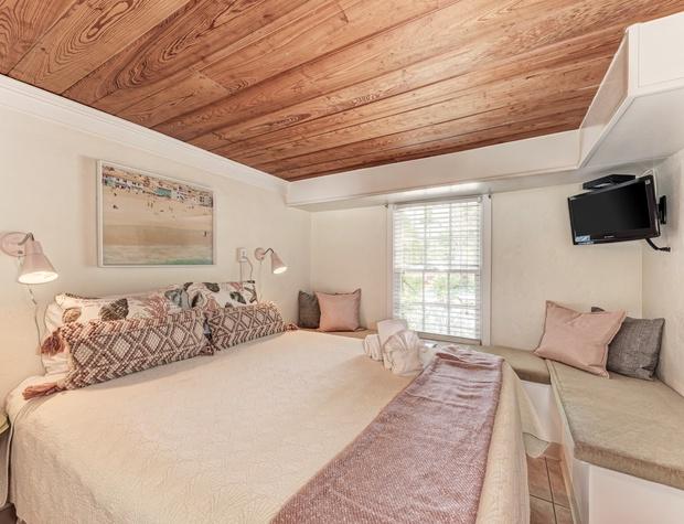 Guest Bedroom Dodt 2