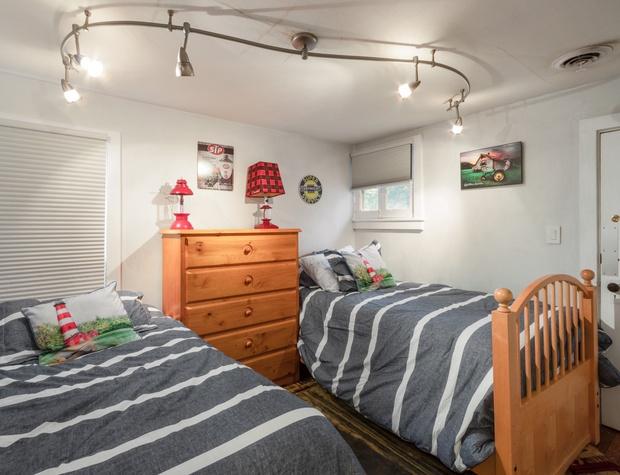 3rd Upstairs Bedroom .jpg