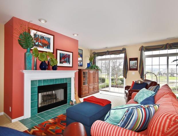 Lower Living Room 1.jpg