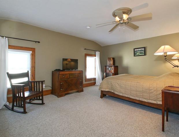 Mater Bedroom.jpg