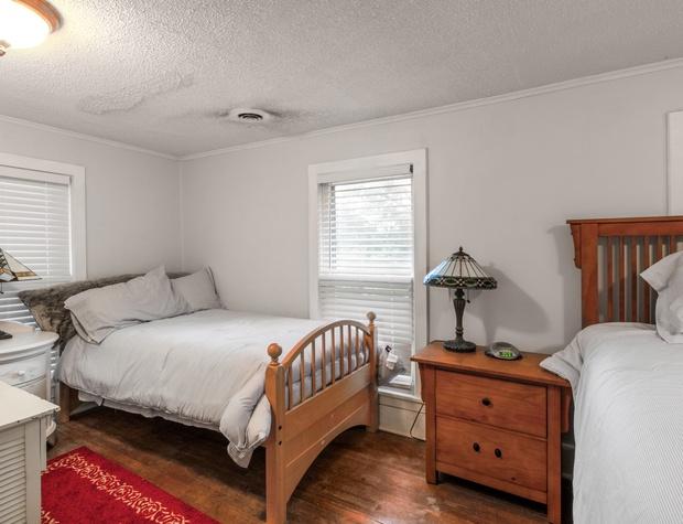 Master Bedroom extra twin.jpg
