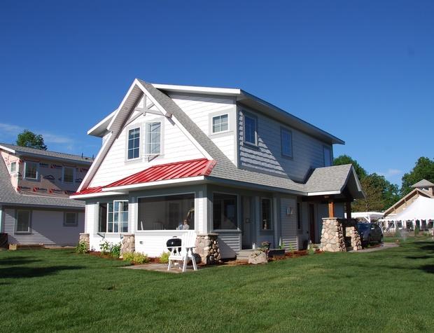 cottage 105 8-25.JPG