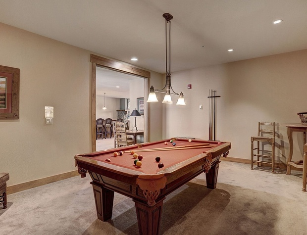 Play Pool at the Elk Run Clubhouse