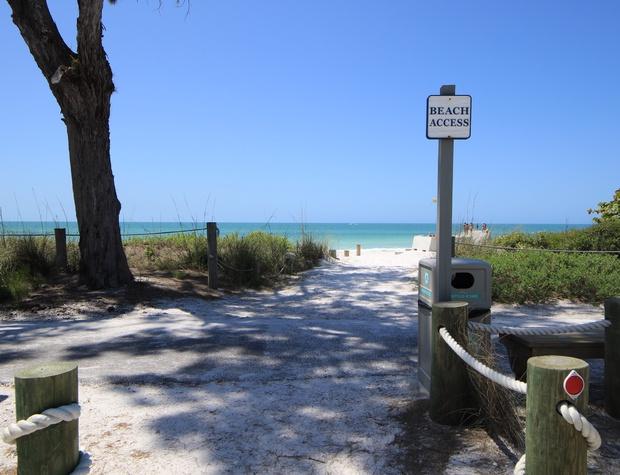 Anna Maria Island Beach Breeze