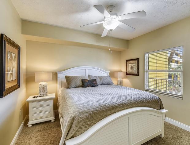 Main Level-Bedroom 1-KLH6190.JPG