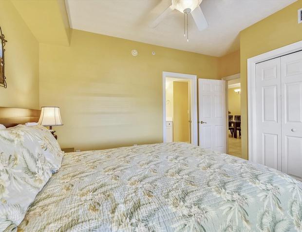 Main Level-Bedroom-KLH0175.JPG