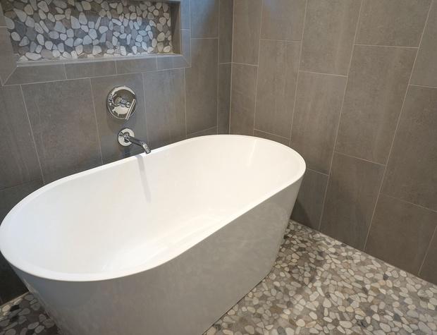 master bathtub