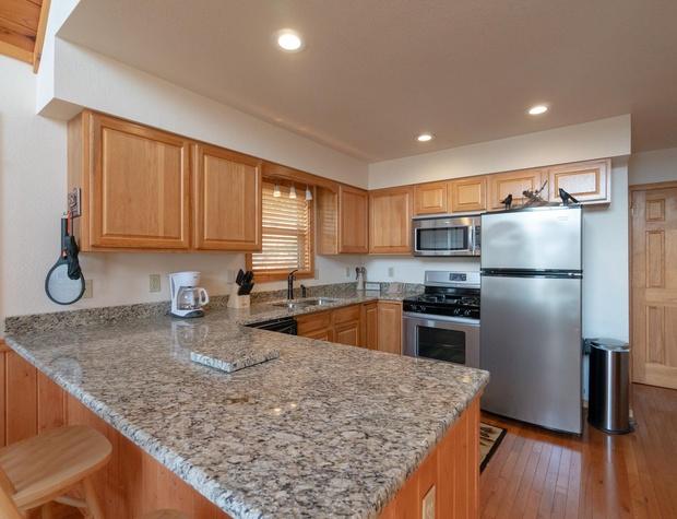 AboveItAll-kitchen wide.jpg