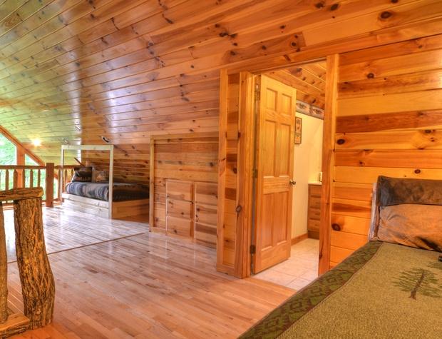 Loft BedroomLR4.jpg