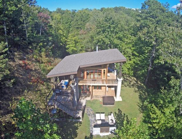 WS3 Mountain Modern Cabin - aerial shot