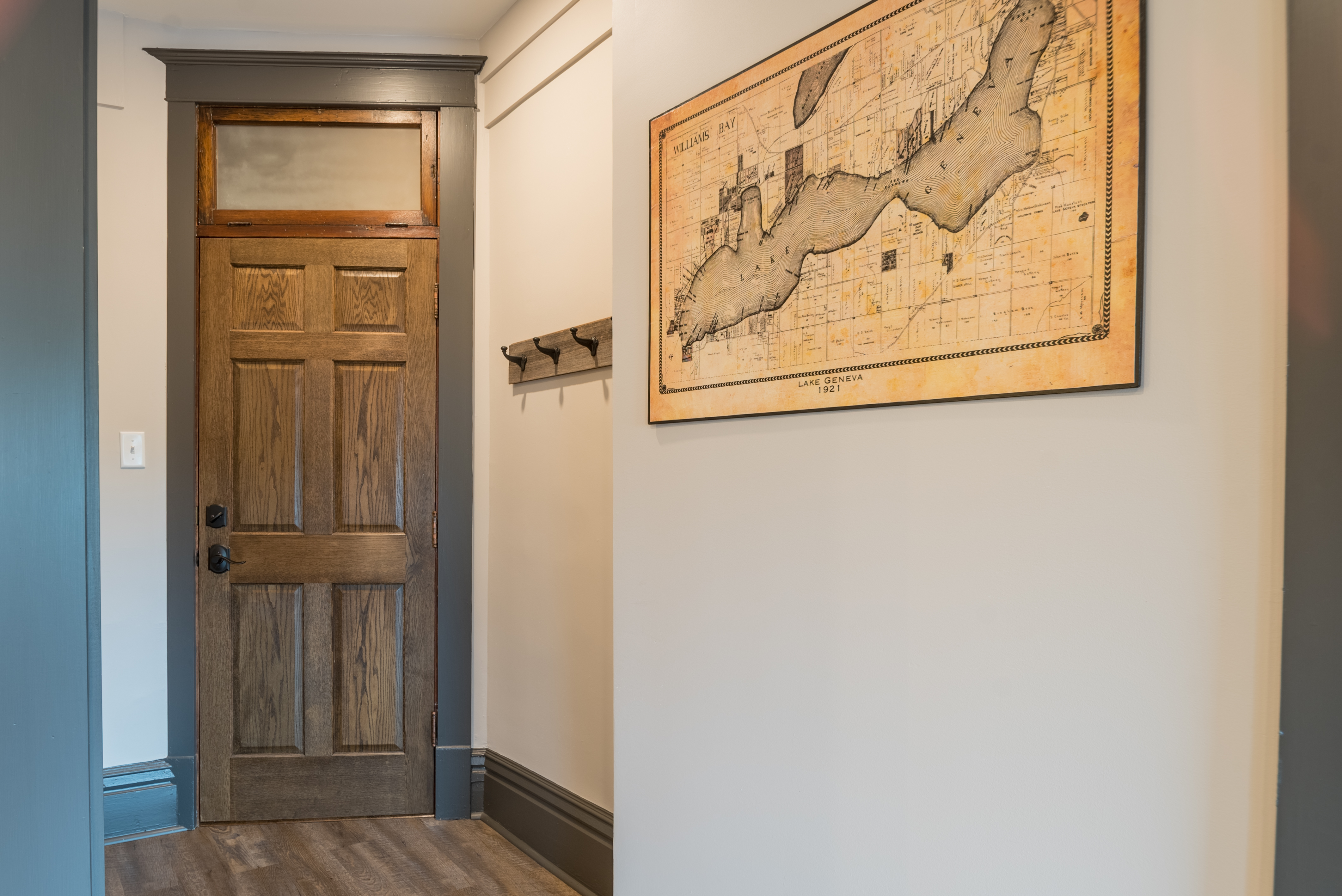 Your private entrance into this quiet downtown space