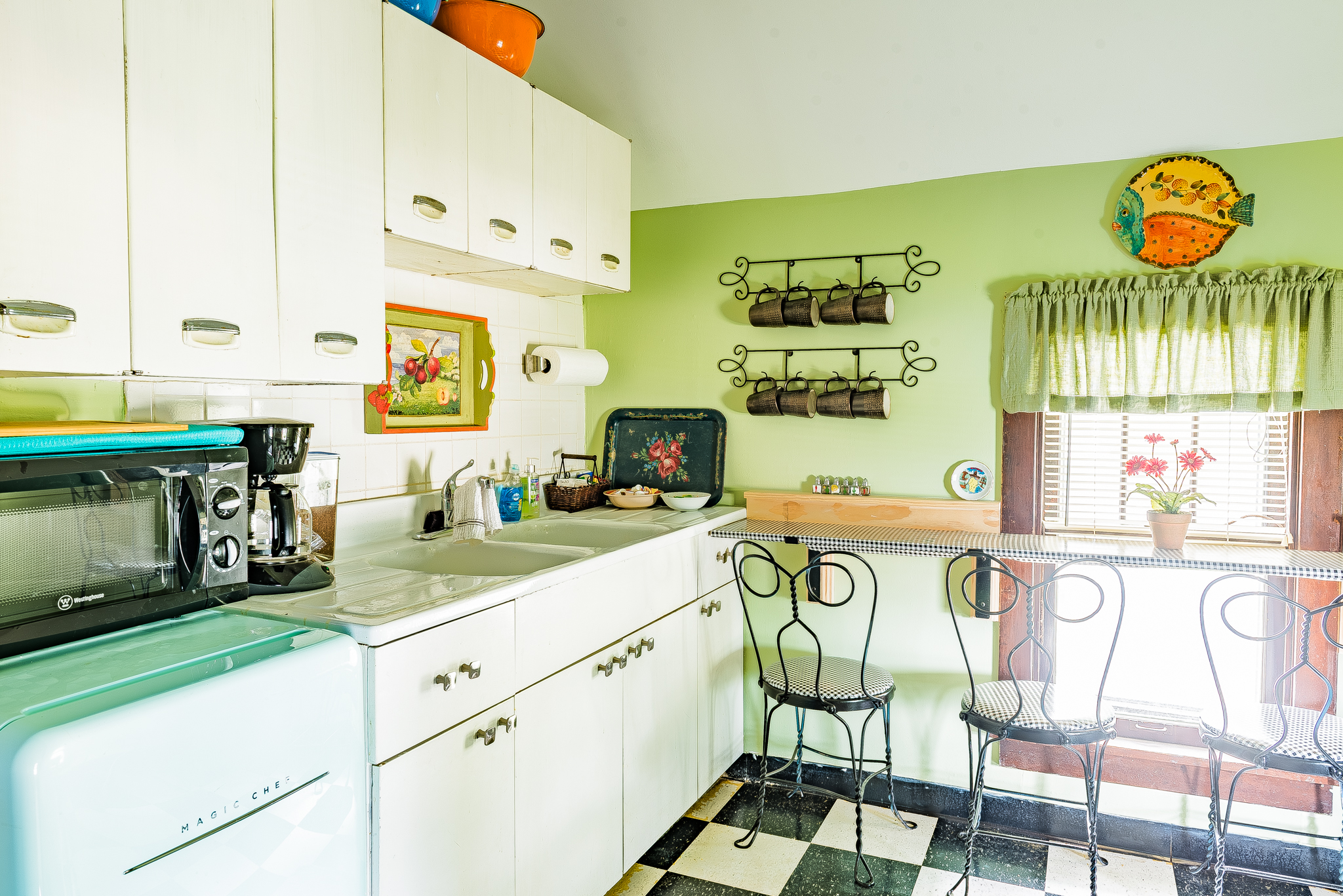 Kitchenette area including mini fridge, microwave, coffee maker and toaster. No stove in this unit!