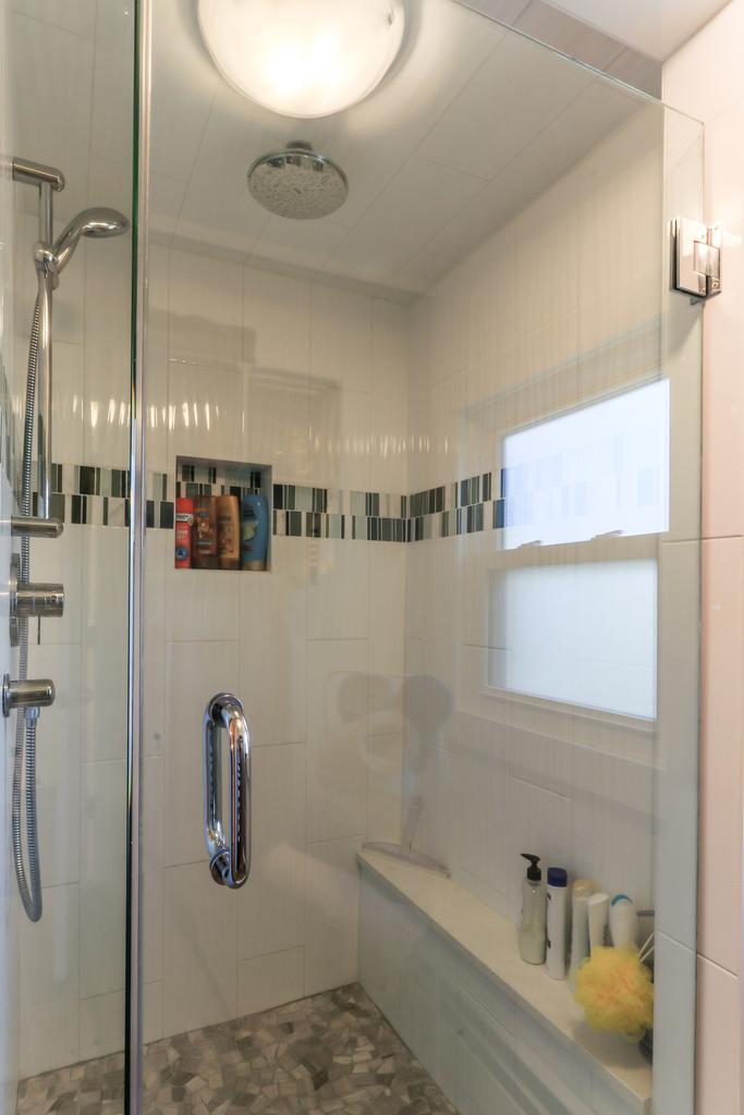 Bathroom upper shower.JPG