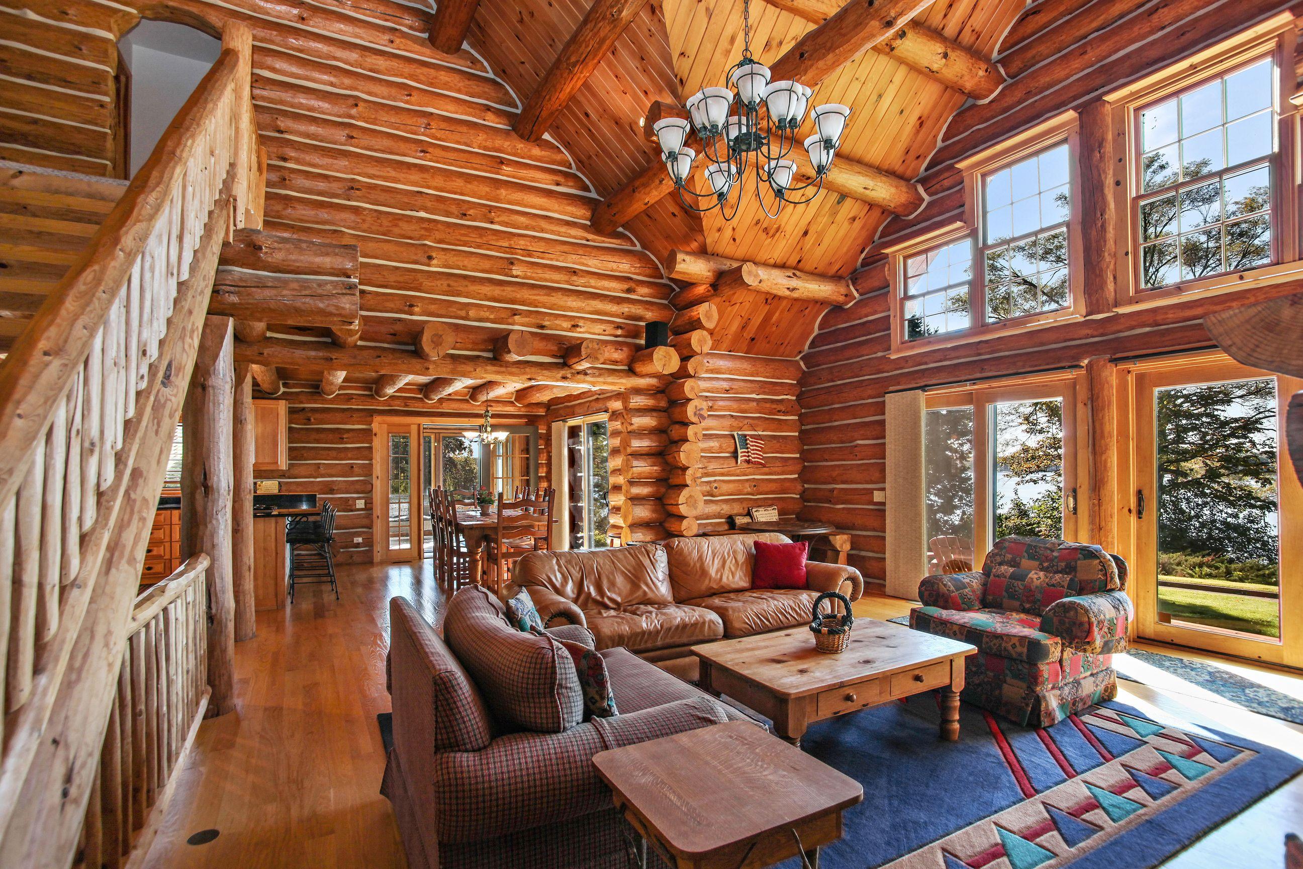 Living Room to Dining Room.jpg