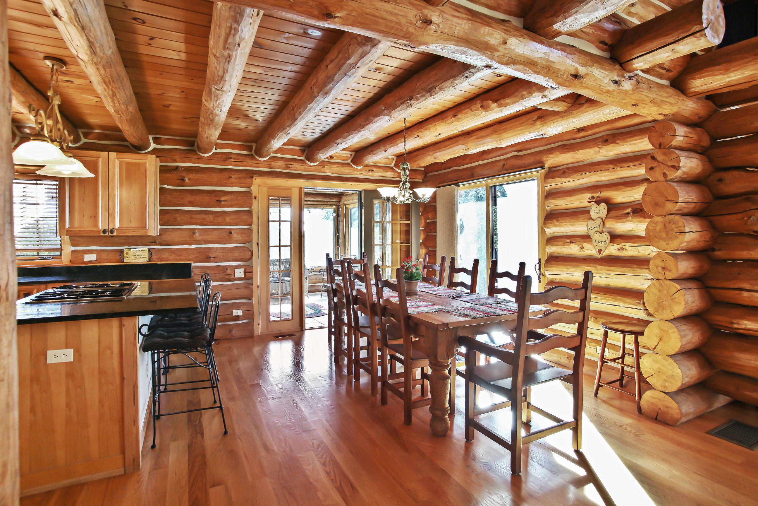 Dining Room to Porch.jpg